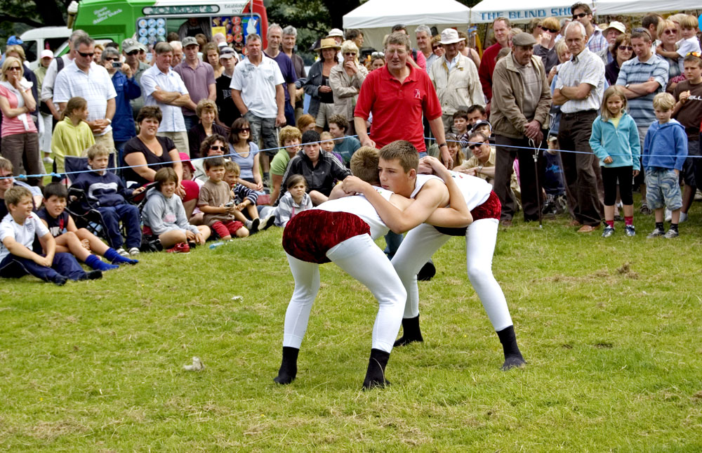Wrestling at Coniston Country Fair